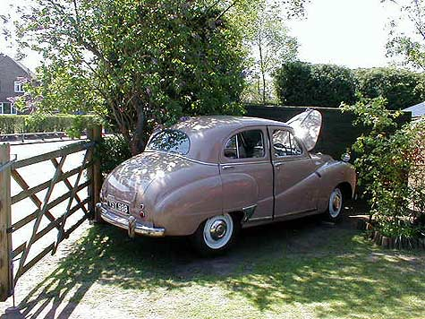 Austin A40 Somerset in the drive